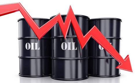 Απώλειες στη Wall Street - Μεγάλη πτώση στο πετρέλαιο