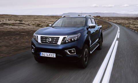 H Nissan ανανεώνει ριζικά το Navara