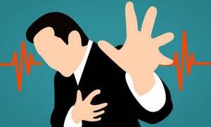 Αιφνίδια καρδιακή ανακοπή: Συμπτώματα & πώς θα την προλάβετε (εικόνες)