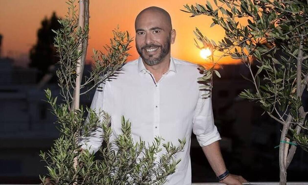 Βαλάντης: Κάνει το τηλεοπτικό του ντεμπούτο ως παρουσιαστής σε τηλεπαιχνίδι (photos)