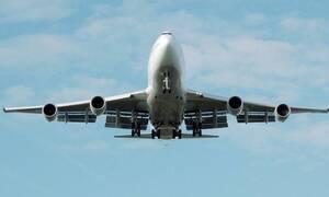 Θρίλερ στον αέρα: Κεραυνός χτύπησε αεροπλάνο με προορισμό τη Θεσσαλονίκη