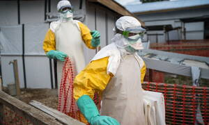 ΠΟΥ: Συναγερμός σε παγκόσμιο επίπεδο για την επιδημία του Έμπολα