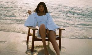 Influencer κατηγορεί την Kylie Jenner ότι «έκλεψε» την πόζα της και μάντεψε τι απαντά