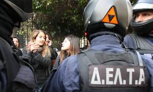 Προσλήψεις στο Δημόσιο: 1.500 στην Αστυνομία και επανασύσταση της ομάδας ΔΕΛΤΑ