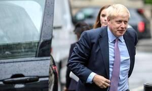 Βρετανία: Υπουργοί απειλούν με παραίτηση αν γίνει πρωθυπουργός ο Τζόνσον