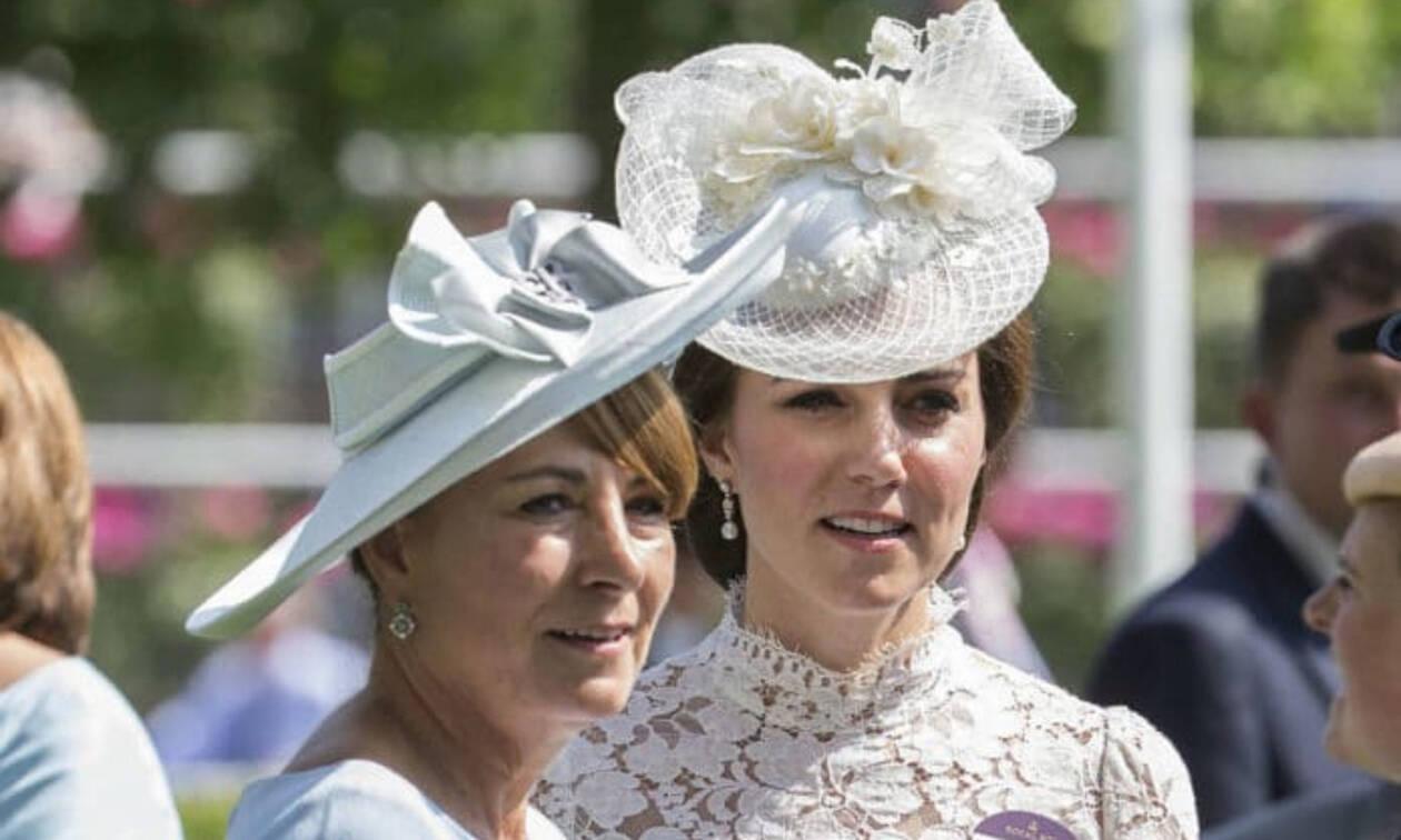 Kate Middleton: Γνωρίστε τη μητέρα της Carole και την κοινή τους συνήθεια (pics+vid)