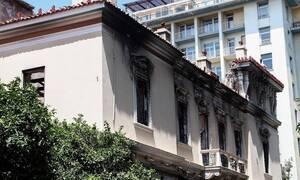 В результате землетрясения в Афинах пострадала женщина