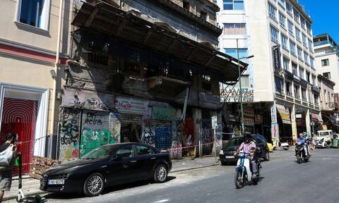 Σεισμός Αθήνα - Συνολάκης: Με ανησυχεί η περιοχή στο Μοναστηράκι (vid)
