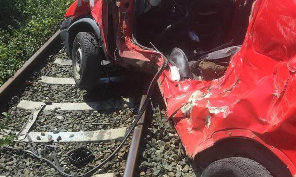 Σοβαρό τροχαίο στη Φλώρινα: Τρένο συγκρούστηκε με αυτοκίνητο (pics)