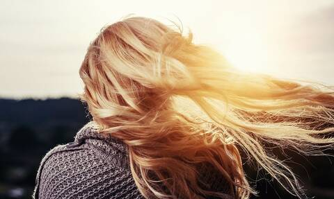 Ελληνίδα ξανθιά σοκάρει τον κόσμο: «Μου αρέσει να με δένουν στο κρεβάτι» (photos)