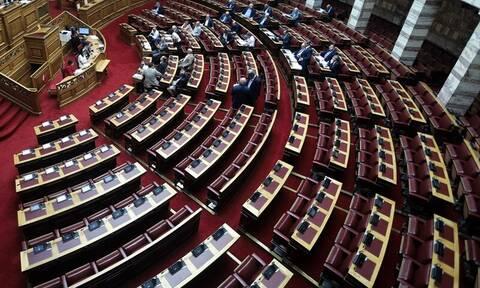 Βουλή Live: Η δεύτερη μέρα των προγραμματικών δηλώσεων της κυβέρνησης