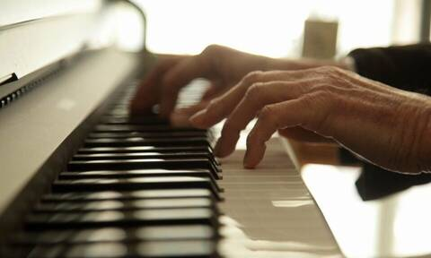 Θλίψη για το θάνατο αγαπημένου μουσικοσυνθέτη - Φτωχότερο το ελληνικό τραγούδι