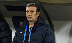 Συγκλονισμένοι στη Ντιναμό Βουκουρεστίου! Κατέρρευσε ο προπονητής την ώρα του αγώνα (video)