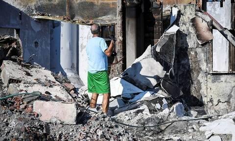 В годовщину пожара в Мати, унесшего жизни 102 человек, в Греции прошли поминальные службы