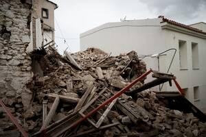 Σεισμός Αθήνα: Προς κατεδάφιση 13 εγκαταλελειμμένα κτήρια που θεωρούνται «επικίνδυνα»