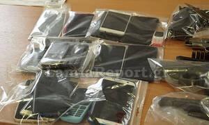 Απίστευτο περιστατικό στη Λαμία: Πήραν τηλέφωνο την... αστυνομία για να παραγγείλουν ναρκωτικά (vid)