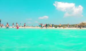 Τουρίστας έκανε βιντεάρα τις διακοπές της ζωής του στην Κρήτη!