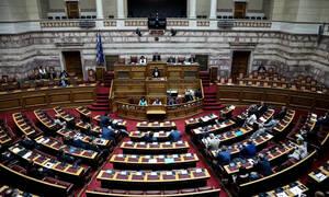 Βουλή Live: Τα μεσάνυχτα η ψήφος εμπιστοσύνης - Ξεκινούν οι ομιλίες των πολιτικών αρχηγών