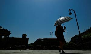 Καιρός: Θα «ψηθεί» η Ευρώπη - Συναγερμός για το νέο κύμα καύσωνα