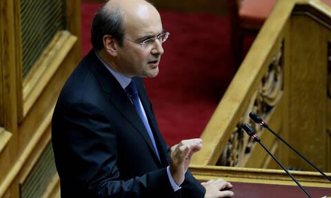 Χατζηδάκης: Τα μέτρα στήριξης και εξυγίανσης της ΔΕΗ - Δεν θα αυξηθούν τα τιμολόγια