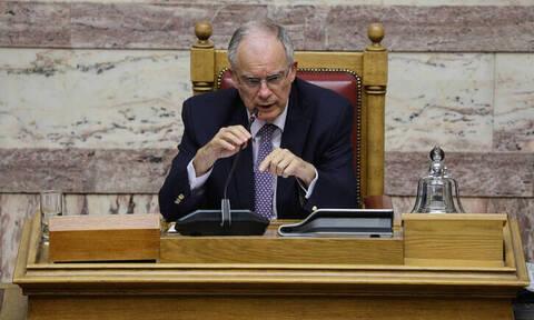 Προγραμματικές δηλώσεις - Βουλή: Ενός λεπτού σιγή για την τραγωδία στο Μάτι