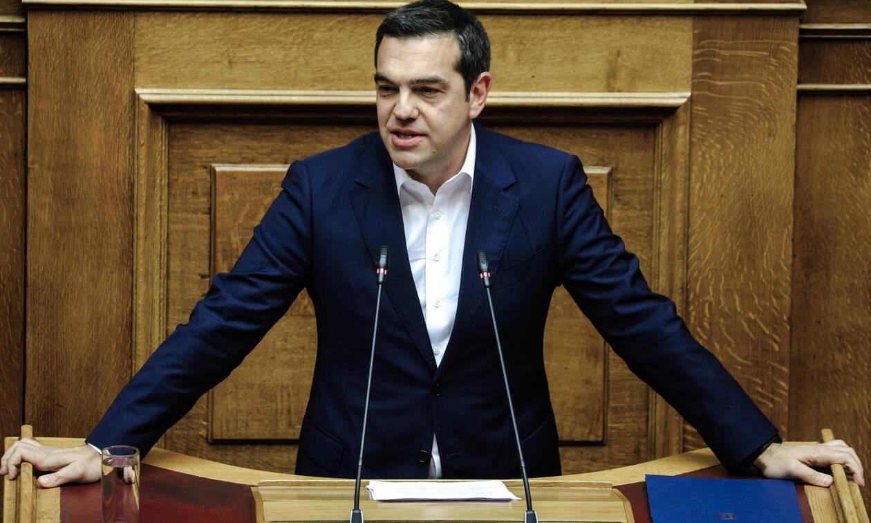 Προγραμματικές δηλώσεις - Τσίπρας: Να μην επιχειρήσετε παιχνίδια θεσμικών ακροβασιών με το Σύνταγμα