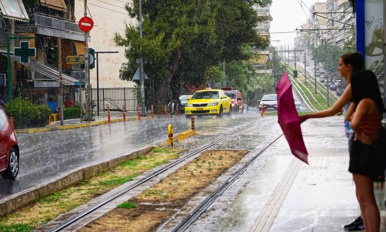 Αλλάζει σήμερα το σκηνικό του καιρού: Πού θα βρέξει (χάρτες)