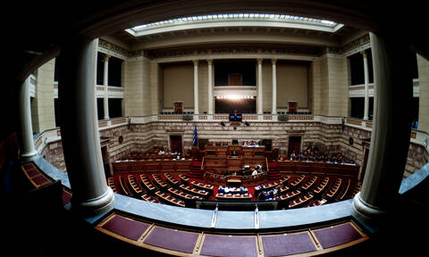 Τα πρώτα νομοσχέδια της κυβέρνησης - «Επιτελικό κράτος» και φορολογικό στη Βουλή