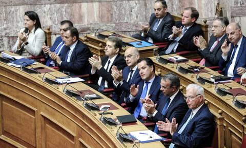 «Ψαλίδι» στους μετακλητούς: Μέχρι 9 για τους υπουργούς