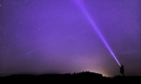 Οι Αυστραλοί «πάγωσαν» με αυτό που είδαν στον ουρανό! (pics)