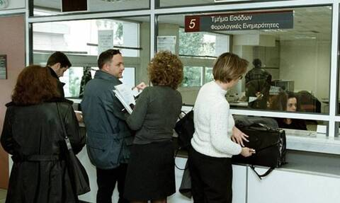 ΑΑΔΕ: Μόνο με ραντεβού οι φορολογούμενοι στις ΔΟΥ για εκκρεμείς υποθέσεις τους