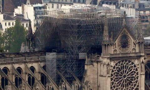 Συναγερμός στη Γαλλία: Ο καύσωνας απειλεί την Παναγία των Παρισίων (pics+vids)