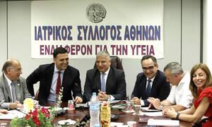Στενή συνεργασία ΙΣΑ - υπουργείου Υγείας υπόσχονται Κικίλιας και Πατούλης