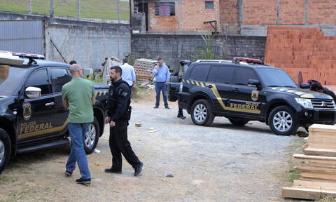 «La Casa de Papel» στη Βραζιλία: Ένοπλοι άρπαξαν 750 κιλά χρυσό αξίας 40 εκατ. δολαρίων