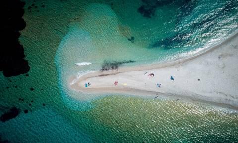 Το «μυστικό» της Κακιάς Θάλασσας – Τι κρύβεται στο νησί; (vid)