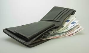 Συντάξεις Αυγούστου: Ποιοι συνταξιούχοι πληρώνονται από Δευτέρα - Πότε θα καταβληθούν οι επικουρικές