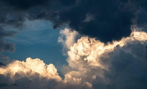 Έπαθαν ΣΟΚ οι επιστήμονες: Αυτό που έβλεπαν στο δορυφόρο δεν ήταν βροχή (pic)