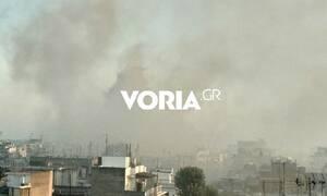 Θεσσαλονίκη: Στις φλόγες βαγόνι έξω από τον σιδηροδρομικό σταθμό