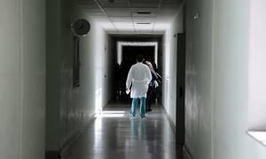 ΟΕΝΓΕ: Χωρίς «Επείγοντα» κινδυνεύει να μείνει η Χαλκίδα – Ελλείψεις και στο νοσοκομείο Καλαμάτας