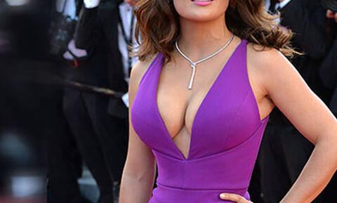 Το στήθος αυτής της γυναίκας, θα κάνει όλους τους άνδρες ευτυχισμένους!