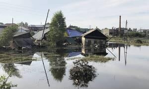 Вторая волна паводка подтопила 475 домов в Иркутской области