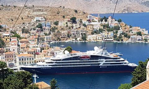 Το πιο εντυπωσιακό πλοίο του κόσμου στην Ελλάδα