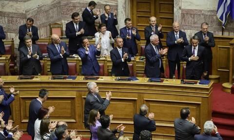 Βουλή LIVE: Η συζήτηση και η ψήφιση του φορολογικού νομοσχεδίου