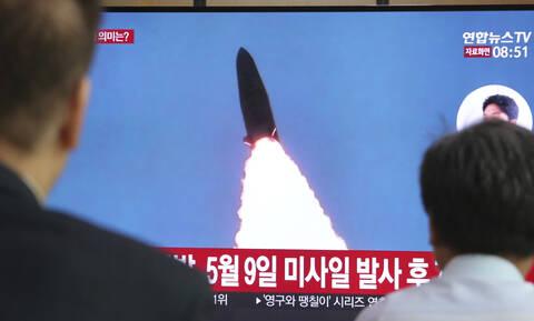 Σε νέες εκτοξεύσεις πολλών πυραύλων προχώρησε η Βόρεια Κορέα