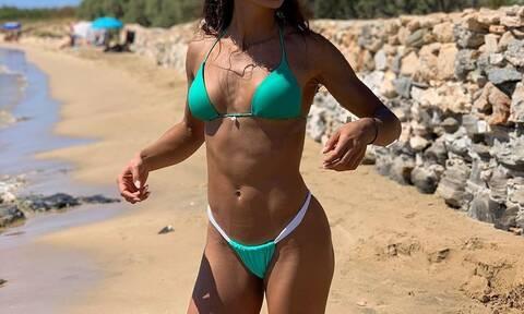 Ελληνίδα πρώην παίκτρια του Survivor μοιράζει… εγκεφαλικά με την ΚΟΡΜΑΡΑ της (pics)