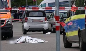 Γερμανία: Τον σκότωσε με ξίφος στη μέση του δρόμου (σκληρό βίντεο)