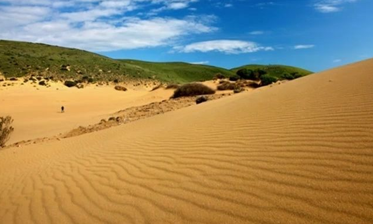 «Σαχάρα της Ελλάδας»: Η ξεχωριστή παραλία της Λήμνου (video)