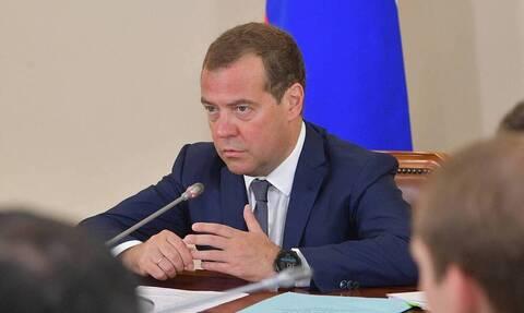 Медведев заявил, что орудия незаконных рубок леса будут конфисковаться
