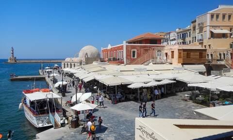 Εκρήξεις στην Κρήτη: Πανικός για τουρίστες και κατοίκους – Δείτε τι συνέβη (pics)