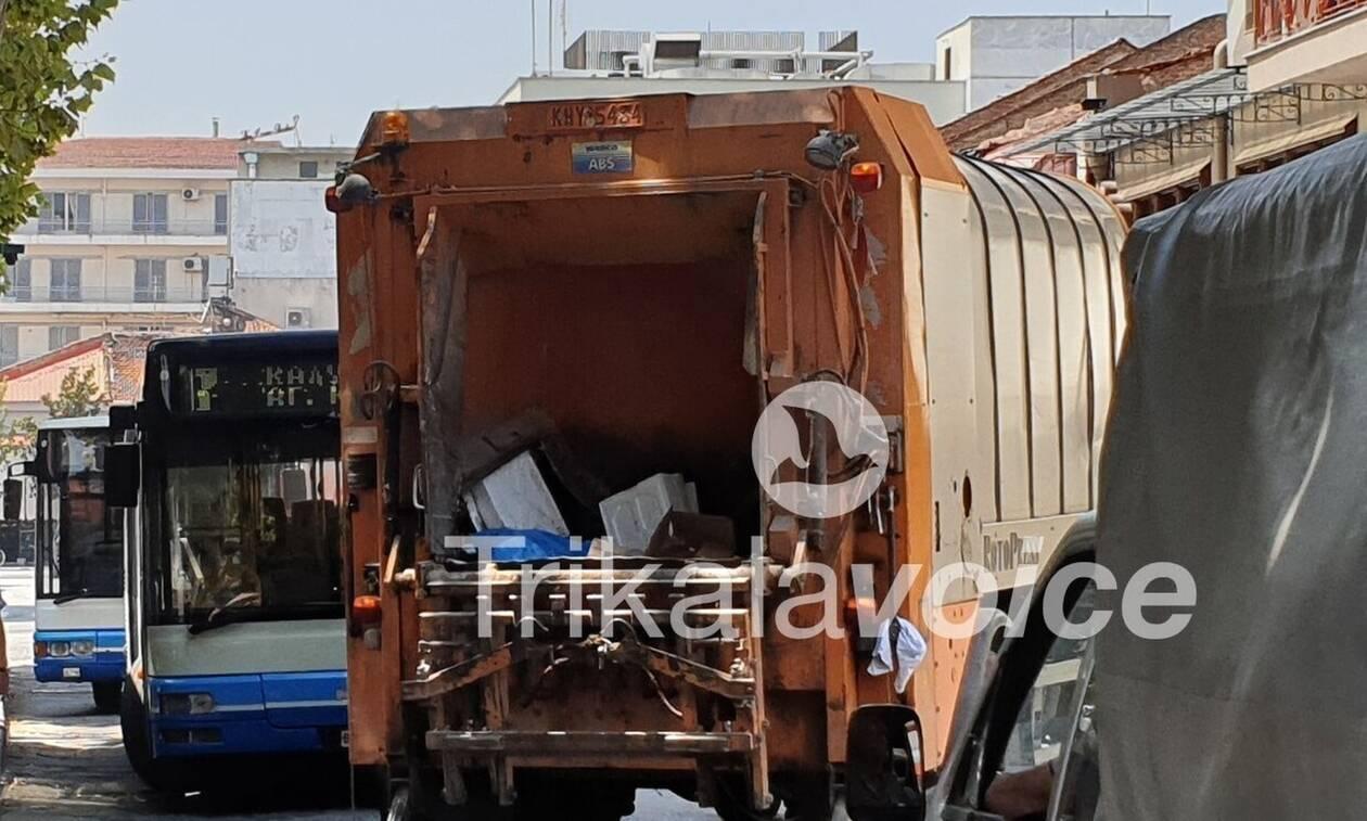 Απίστευτο περιστατικό στα Τρίκαλα: Πέταξε την τσάντα με τις εισπράξεις στα σκουπίδια